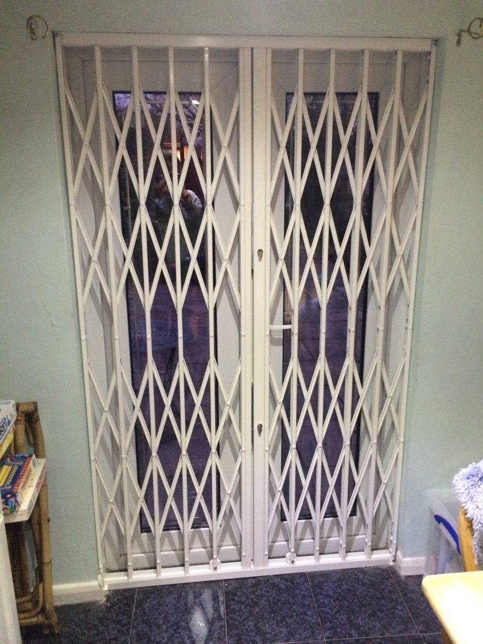 London Gates Amp Grilles Concertina Gates Archives London