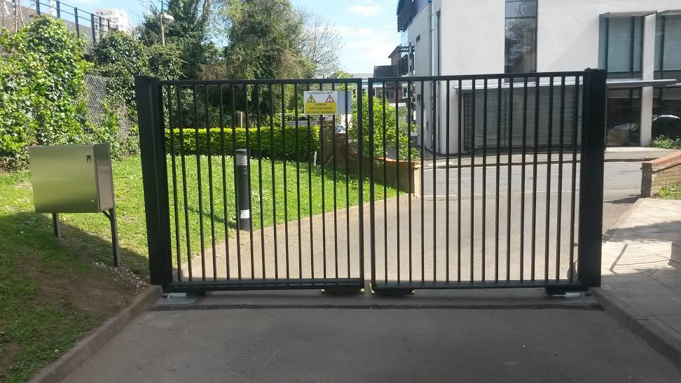 London Gates Amp Grilles Industrial Swing Gates Archives