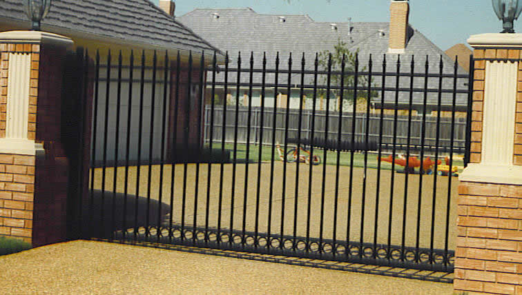 London Gates Amp Grilles Iron Sliding Gates Archives