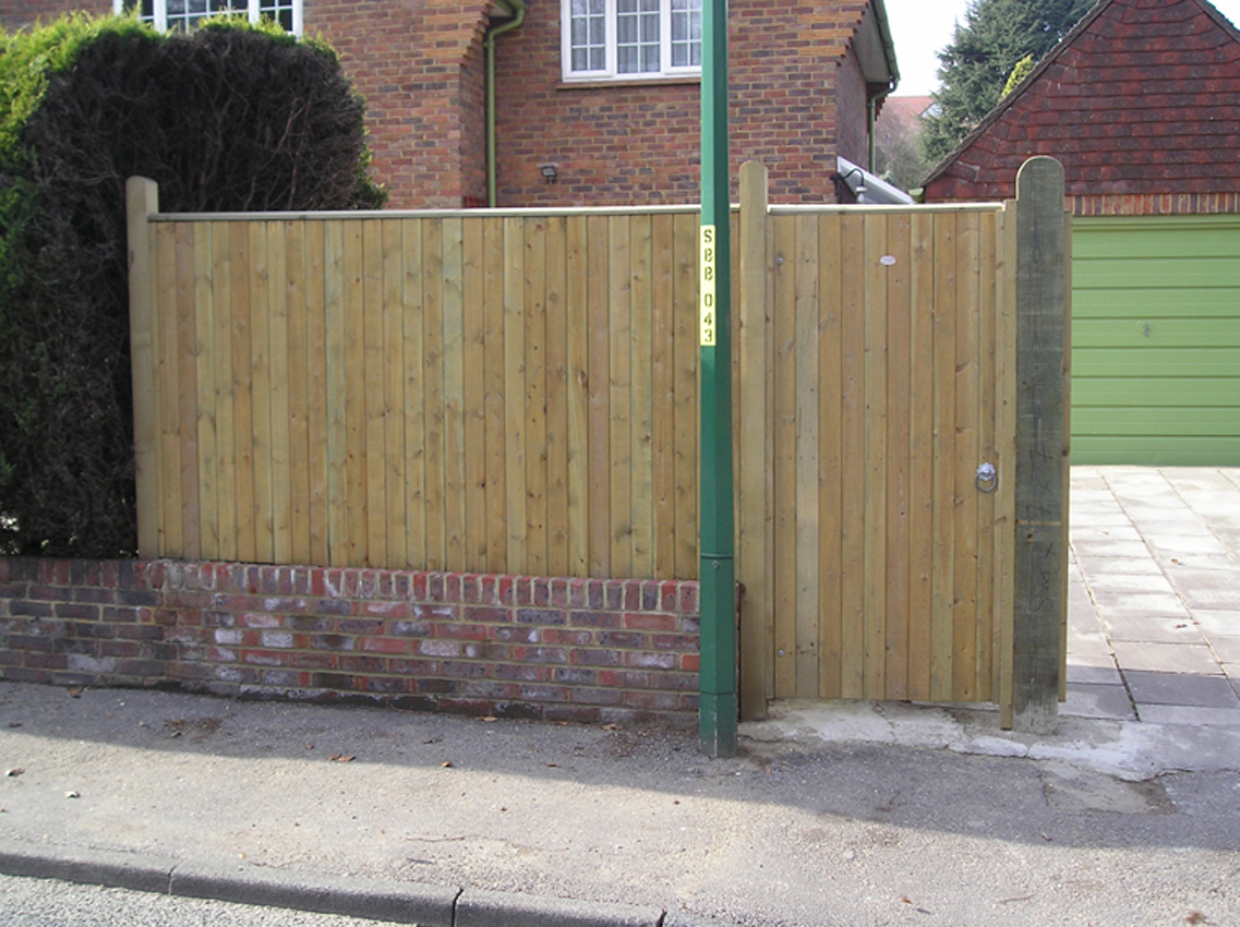 London Gates Amp Grilles Timber Pedestrian Gates Archives